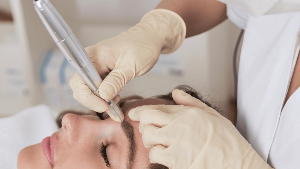 Αφαίρεση ημιμόνιμου μακιγιάζ